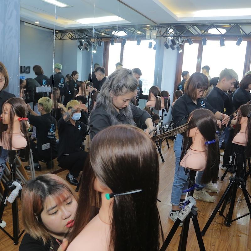 Địa chỉ đào tạo nghề tóc tại Hà Nội uy tín - 289729